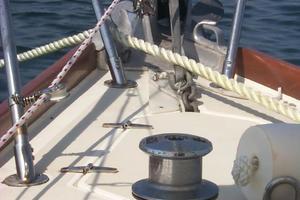 38' Sabre 38 MKII 1989 At anchor