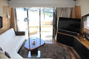 59' Sea Ray L590 2017 salon aft