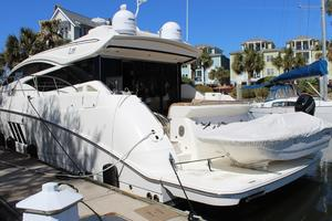 59' Sea Ray L590 2017 port stern quarter
