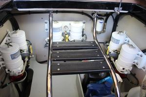 59' Sea Ray L590 2017 engine room forward