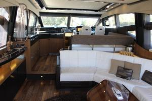 59' Sea Ray L590 2017 salon view forward