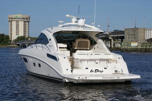47' Sea Ray 470 Sundancer 2012 stern