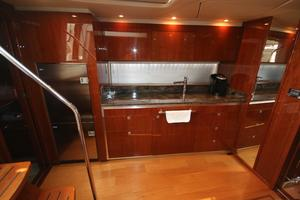 47' Sea Ray 470 Sundancer 2012 galley