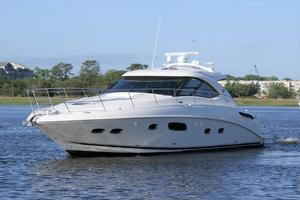 47' Sea Ray 470 Sundancer 2012 port bow