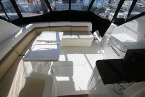 47' Sea Ray 470 Sundancer 2012 cockpit