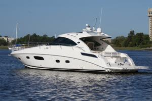47' Sea Ray 470 Sundancer 2012 port quarter