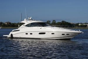 47' Sea Ray 470 Sundancer 2012 starboard