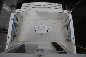42' Rodman 1250 ADV Fisher/Cruiser 2014 cockpit view from flybridge