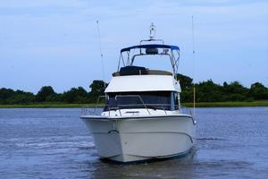 42' Rodman 1250 ADV Fisher/Cruiser 2014 bow view