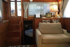 43' President 43 Double Cabin 1986