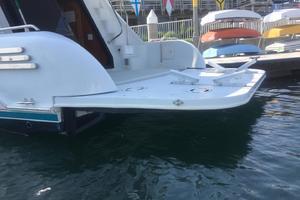 68' Bluewater Yachts 68 1998 Hydraulic Swim Platform