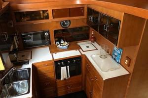 48' Spindrift 48 Aft Cabin My 1984 Galley