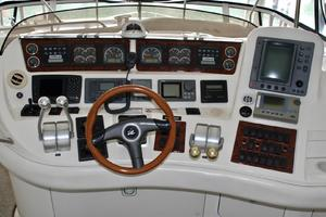 48' Sea Ray 480 Sedan Bridge 2000 HelmI