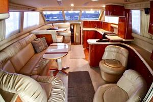 48' Sea Ray 480 Sedan Bridge 2000 Salon