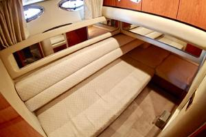 48' Sea Ray 480 Sedan Bridge 2000 GuestStateroom