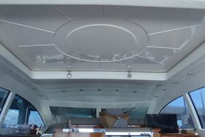 72' Mangusta 72 2006 Sliding sunroof