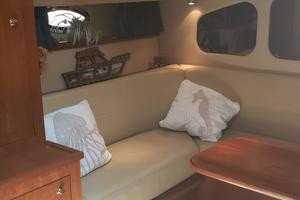 39' Cruisers Yachts 3970 Express Hardtop 2003 Aft Stateroom