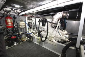 58' Meridian 580 Pilothouse 2003 Starboard Engine