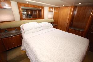 58' Meridian 580 Pilothouse 2003 Master Stateroom 2