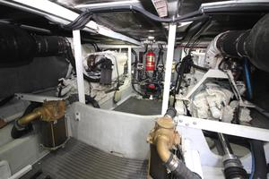 58' Meridian 580 Pilothouse 2003 Engine Room 2