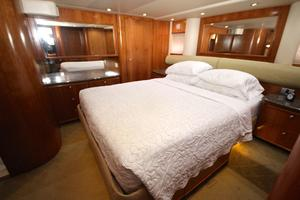 58' Meridian 580 Pilothouse 2003 Master Stateroom 1
