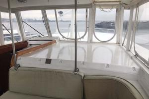 Gulfstar-Liveaboard-Motoryacht-1984-Galileo-Quincy-Massachusetts-United-States-Helm-Area-Seating-1015668