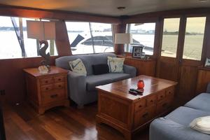 Gulfstar-Liveaboard-Motoryacht-1984-Galileo-Quincy-Massachusetts-United-States-Salon-Stbd-Aft-1015670