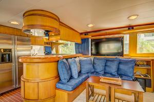 76' Palmer Johnson Sport Fisherman 1993 Hidden TV