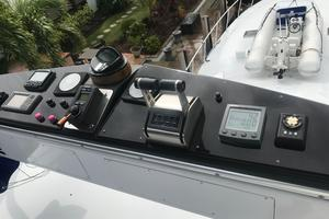 76' Palmer Johnson Sport Fisherman 1993 Tower controls