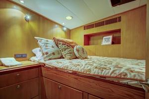76' Palmer Johnson Sport Fisherman 1993 Guest Cabin 3