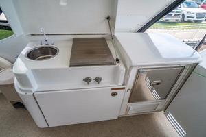 64' Hatteras 64 Motor Yacht 2006 Bridge wet bar, refrigerator and grill
