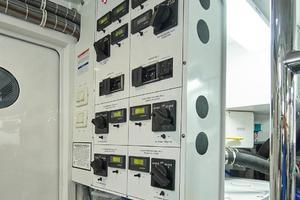 75' Hatteras M75 Panacera 2017 MDP Panel