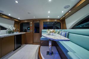 75' Hatteras M75 Panacera 2017 Enclosed Sky-lounge settee