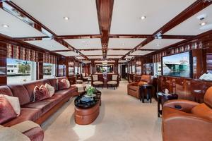 133' Custom Raised Pilothouse 2008 Main Salon