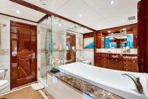 133' Custom Raised Pilothouse 2008 Master Bath