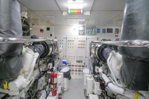 133' Custom Raised Pilothouse 2008 Engine Room