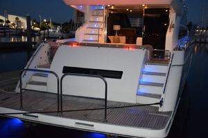 64' Princess Flybridge 2011 Transom platform