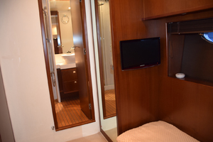 64' Princess Flybridge 2011 Starboard Guest Stateroom with TV