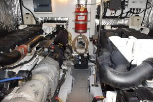 64' Princess Flybridge 2011 Engine Room