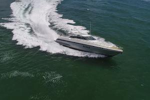80' Mangusta  2007 Starboard Running Profile
