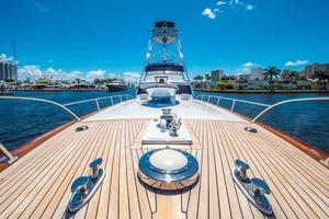 87' Feadship Yacht Fisherman 1985 Bow