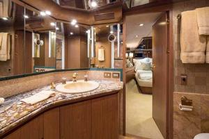 87' Feadship Yacht Fisherman 1985 Master Head