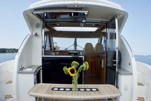 photo of Riviera 4400 Sport Yacht - Soul Mates