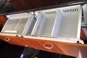 56' Carver 560 Voyager 2006 Galley Refrigeration