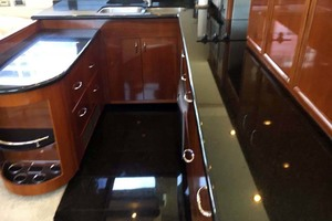 56' Carver 560 Voyager 2006 Galley Countertops