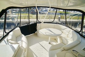 56' Carver 560 Voyager 2006 Flybridge Seating