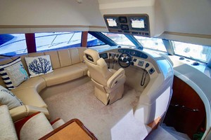 56' Carver 560 Voyager 2006 Lower Helm Station