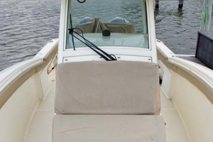 30' Scout 300 Lxf 2015 Looking AFt
