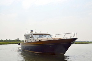 54' Apreamare Express Cruiser 2005 Starboard Bow