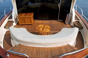 54' Apreamare Express Cruiser 2005 Cockpit